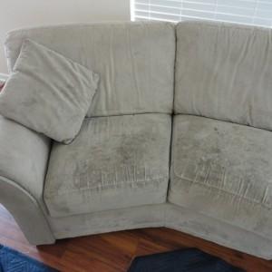 Ochráňte svoj gauč pred škvrnami