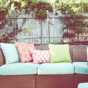 Ako si vybrať záhradný nábytok