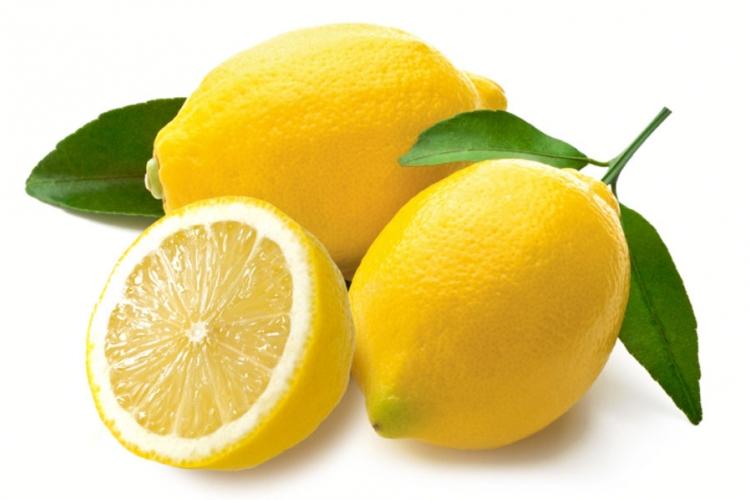 15 vecí, ktoré môžete vyčistiť citrónom